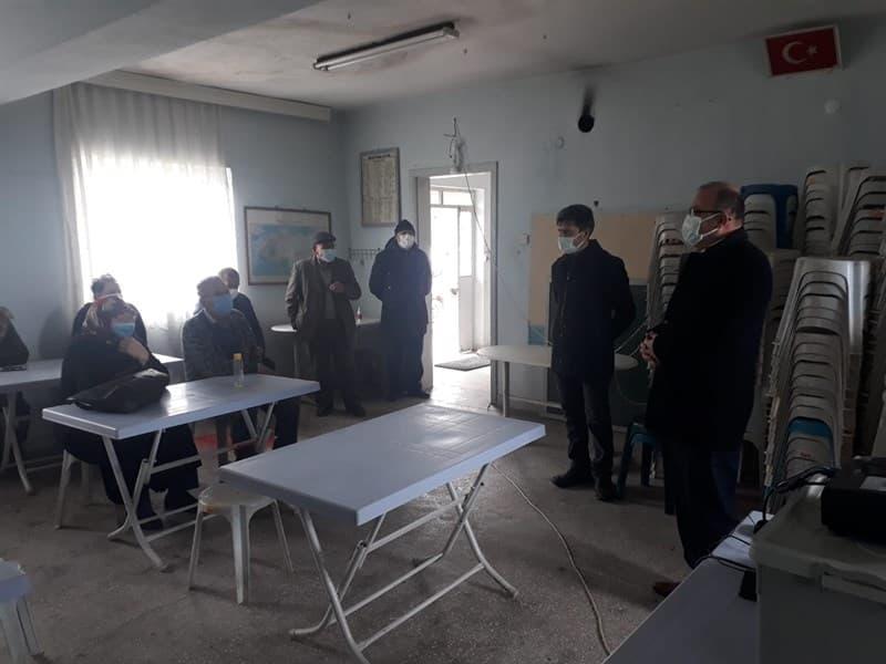 Söve Mahallesi'nde açılan arıcılık kursu