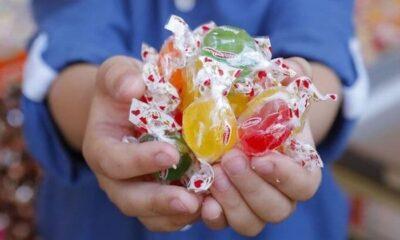 Susurluk Belediyesi'nden çocuklara özel bayram paketi