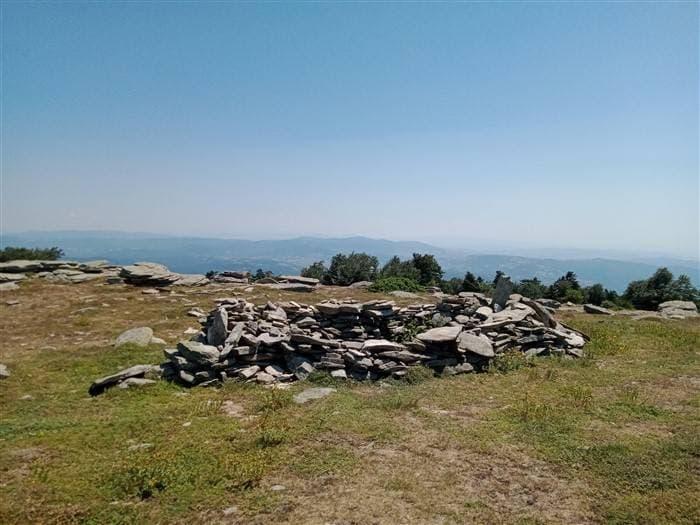 300 milyon yıllık granit tepeler